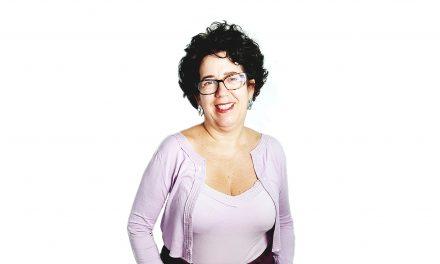 Vice-Presidente Científica: Mônica Dahmouche