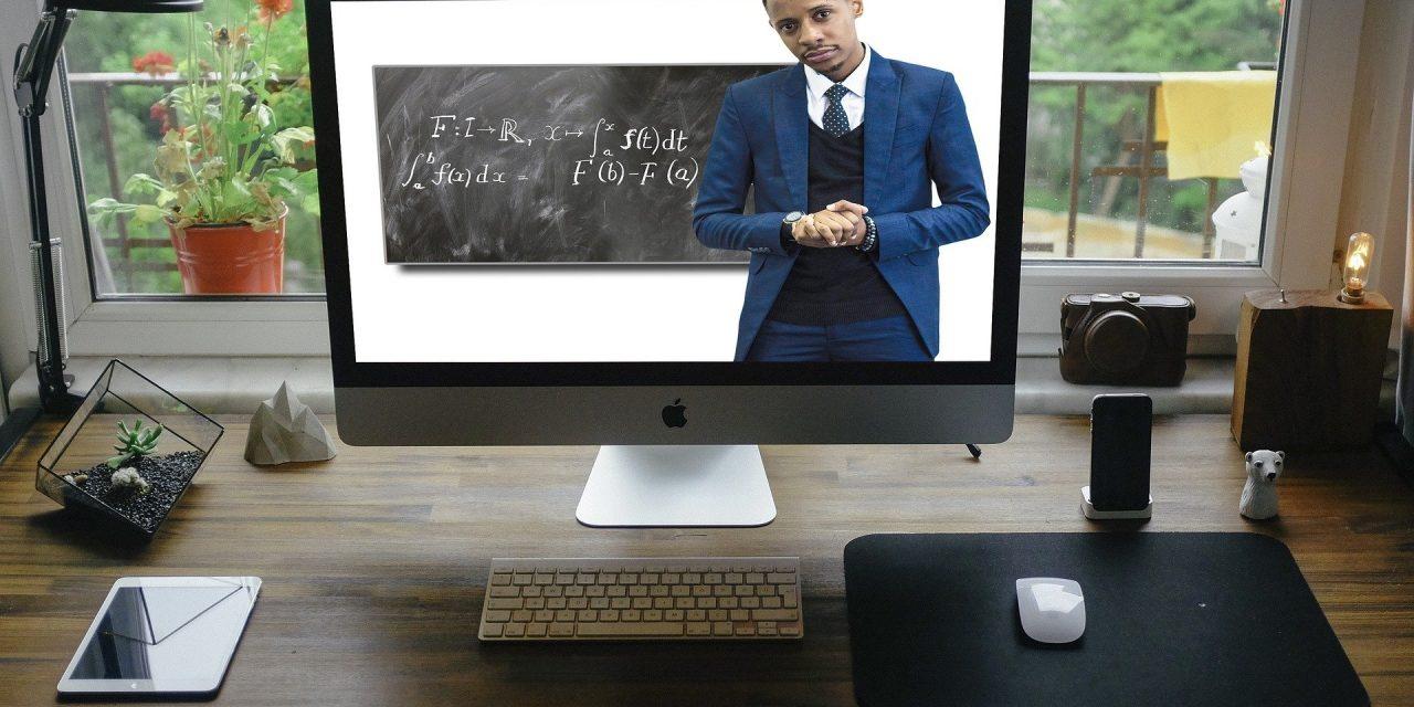 Inscrições abertas para cursos de atualização de professores